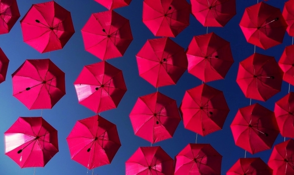 Red Umbrellas Kosta CC2.0